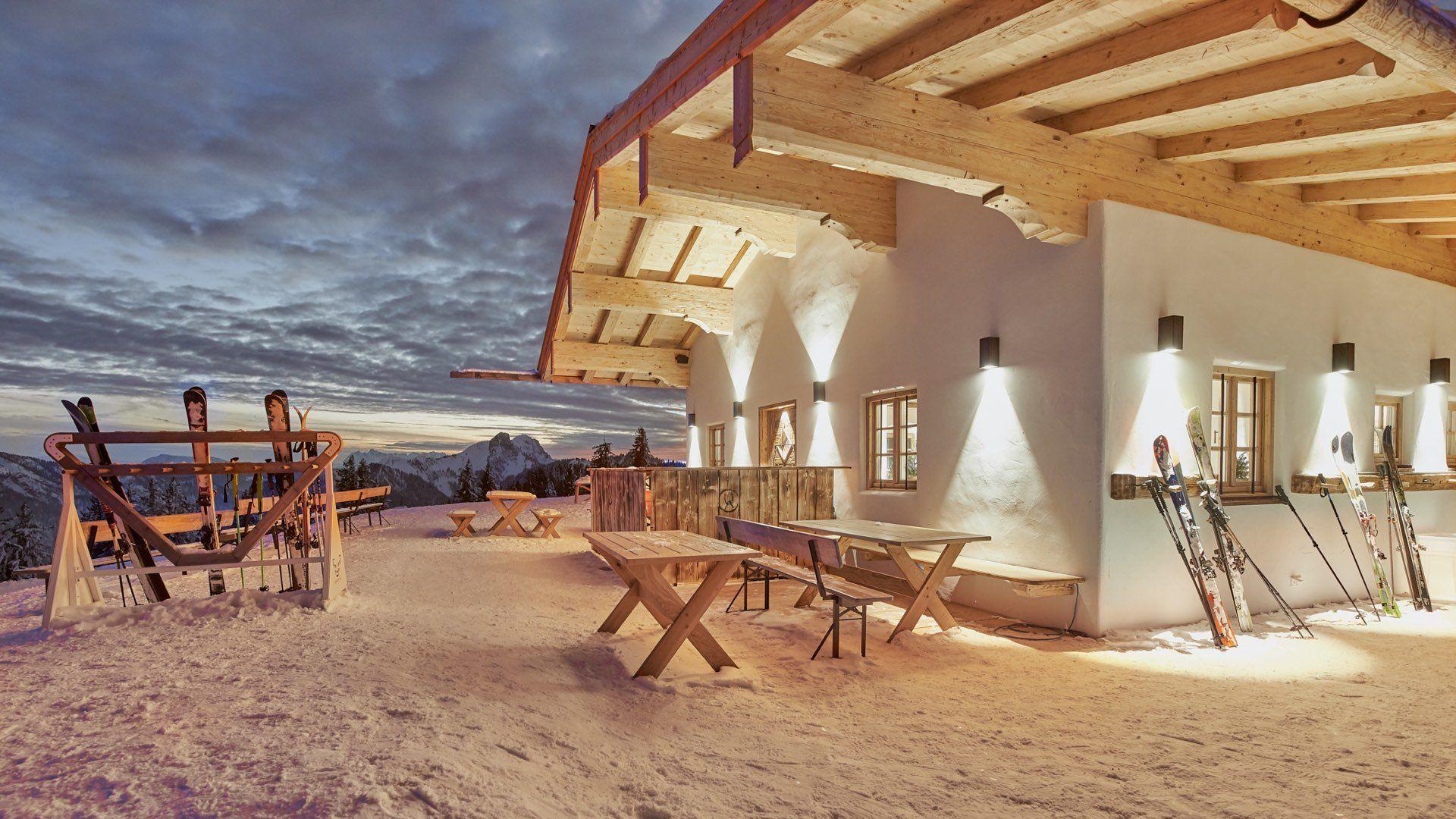 Aussenbeleuchtung und Lichtplanung einer Berghütte, Ruhpolding