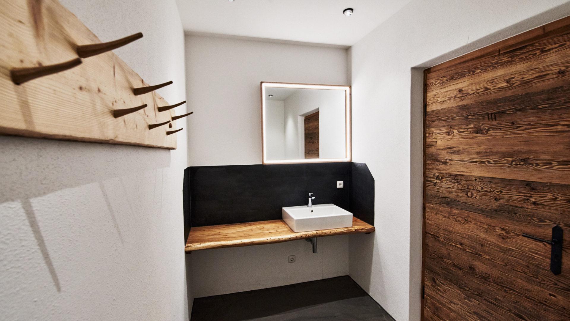 Toiletten Beleuchtung Gastronomie, Traunstein