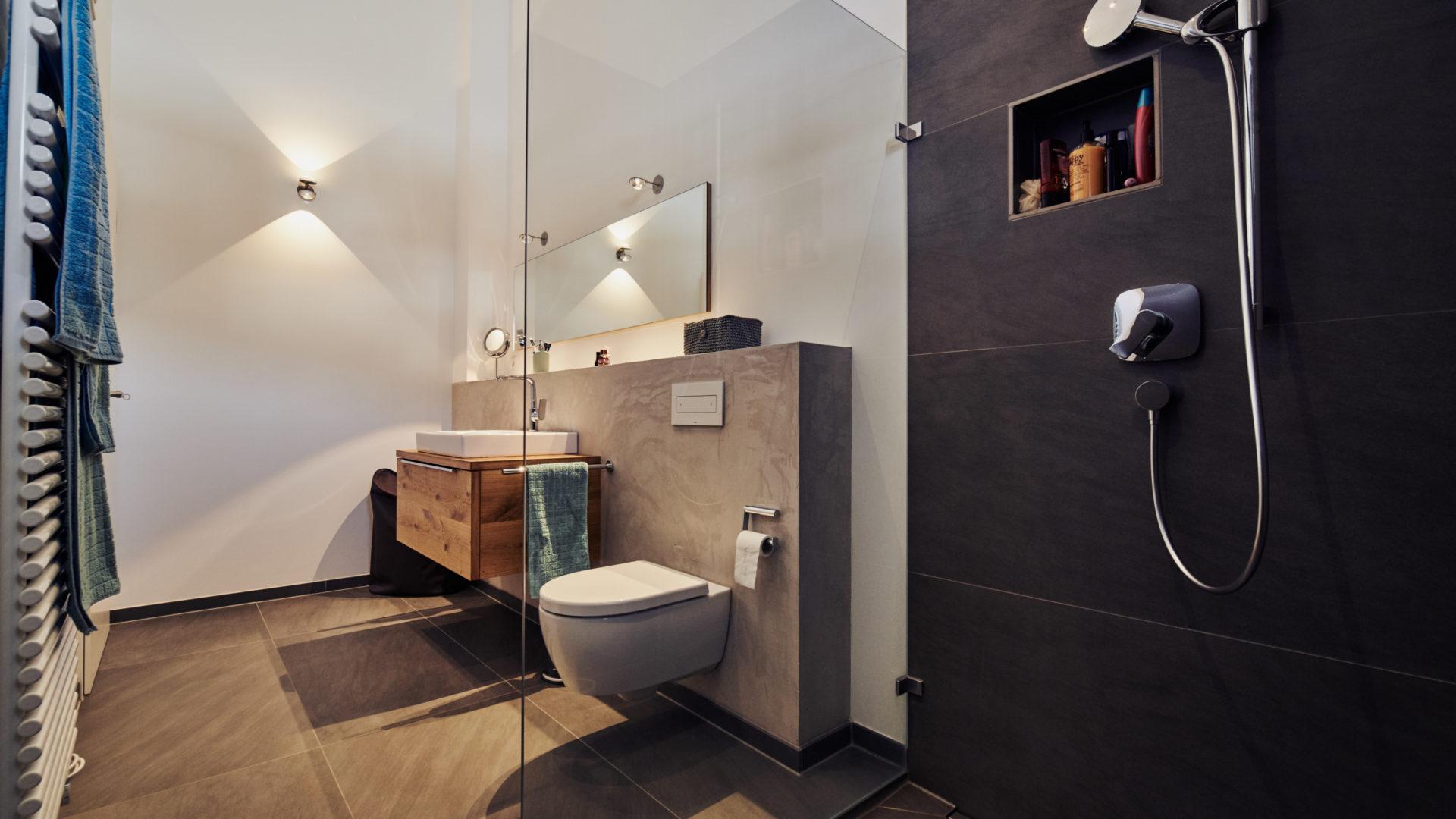 LED Leuchten Badezimmer von heimatlicht.eu aus Traunstein