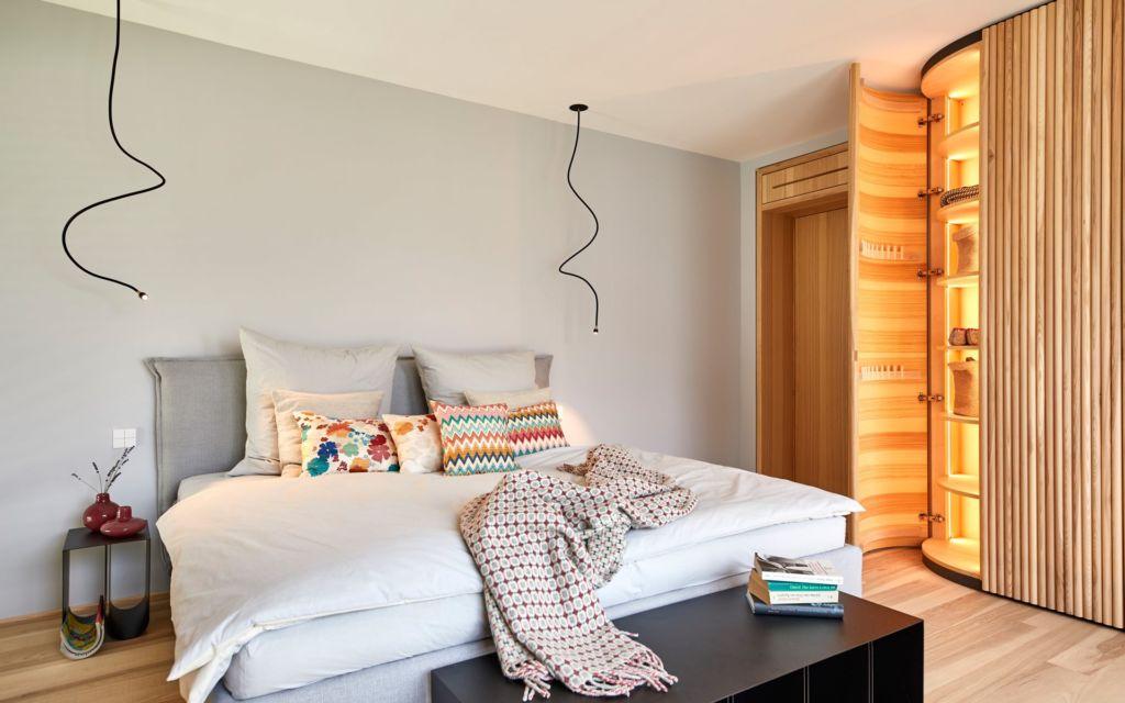 Baufritz Fellbach Freiraum mit Heimatlicht LED-Beleuchtung für Schlafzimmer sowie Schrankinnenbeleuchtung