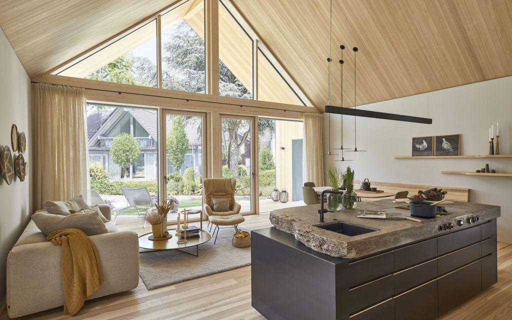 Baufritz Fellbach Freiraum mit Heimatlicht LED-Beleuchtung für Wohnzimmer, Wohnküche, Giebel, Terrasse,
